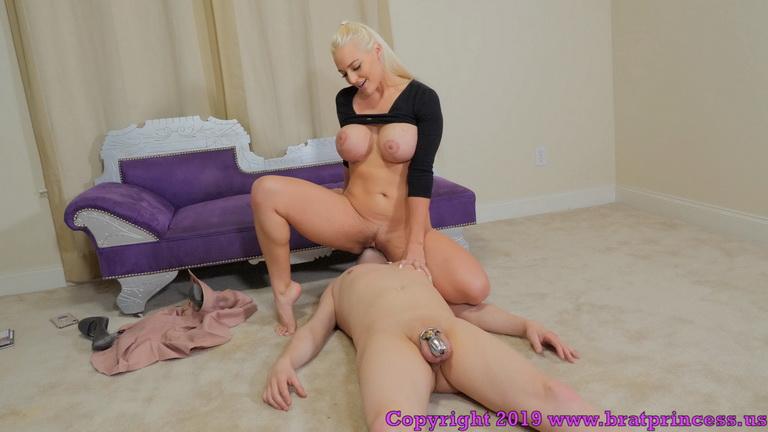 Lesbian Bbw Pussy Licking