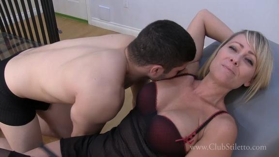 kac Real sub males lick stinky armpits.mp4 snapshot 07.39.882