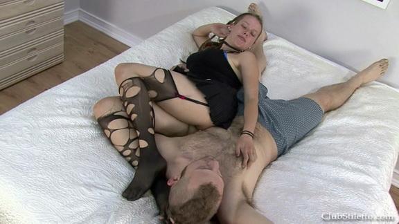 kac her pussy licking slave.mp4 snapshot 00.43.043