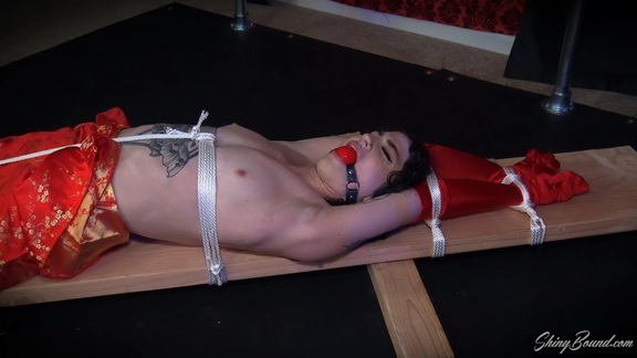 Glamour Girl Tied and Vibed.mp4 snapshot 26.10.033