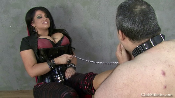 lmf samanthas dirty boots and sweaty feet.mp4 snapshot 07.09.429